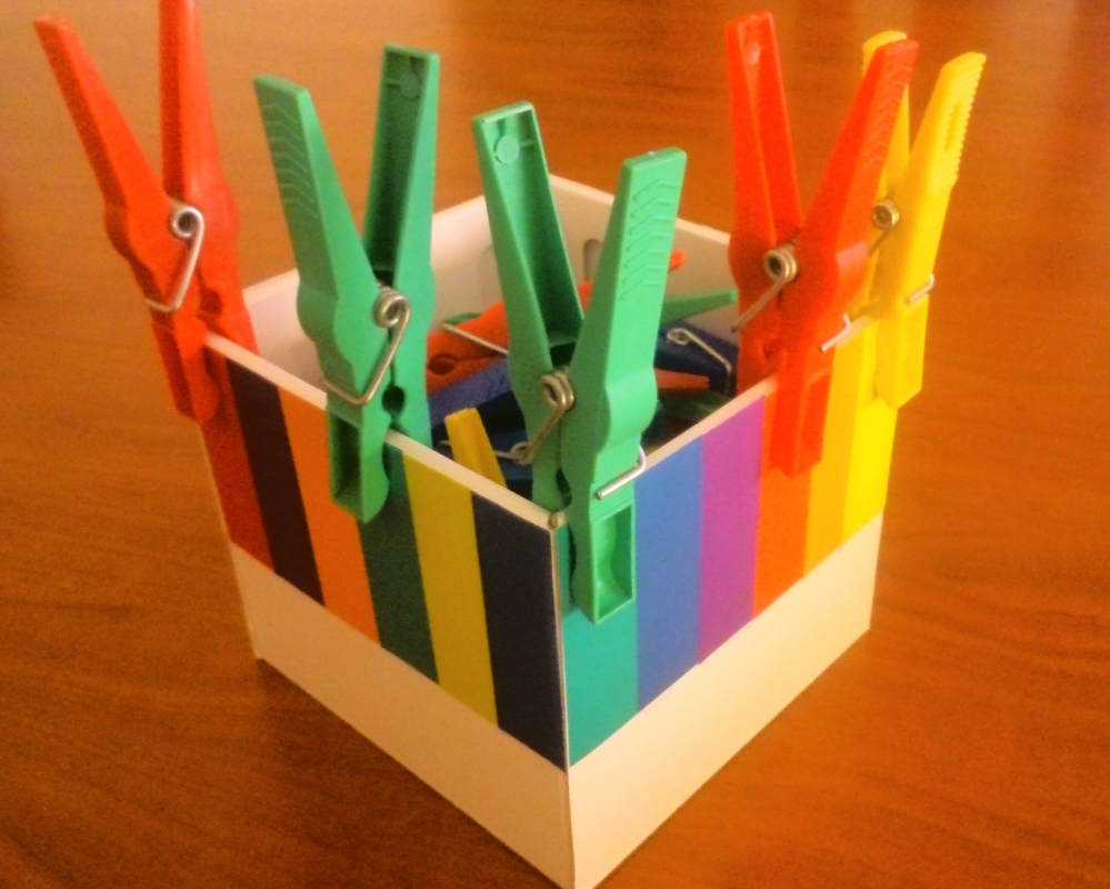 matemáticas pinzas colores infantil